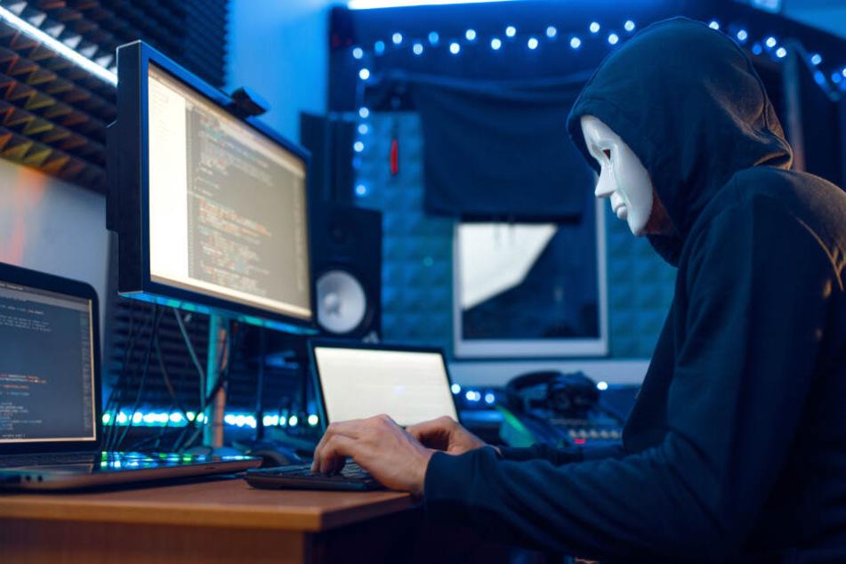 Mann bestellt sich Schusswaffe im Darknet, doch dann kommt es anders als gedacht