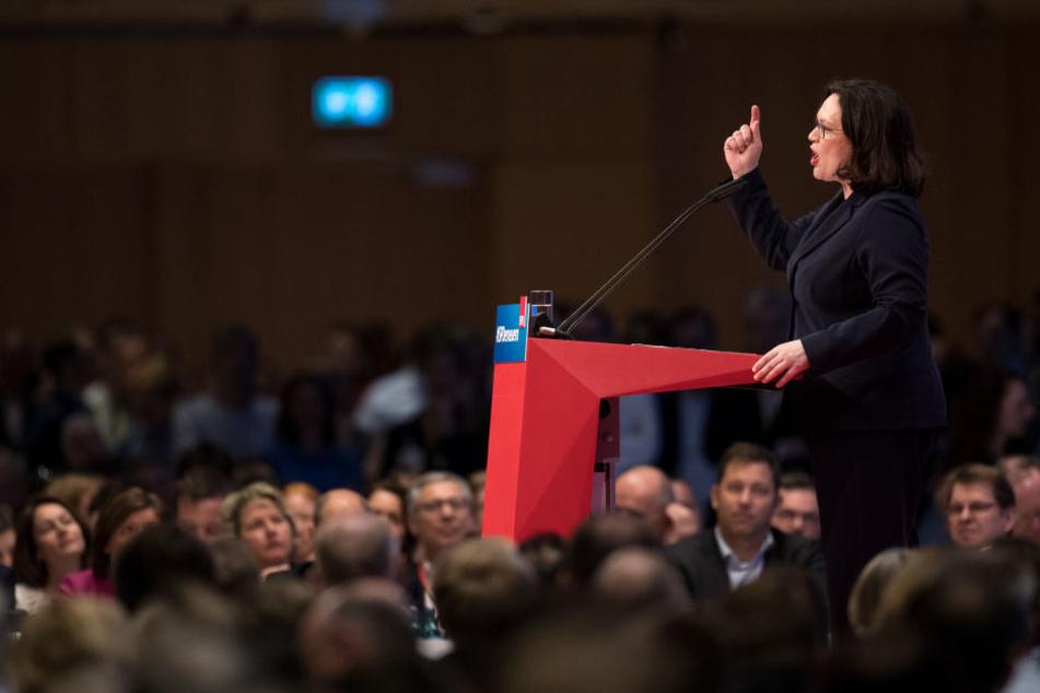 In ihrer Rede erklärte sie, den digitalen Kapitalismus bändigen zu wollen.