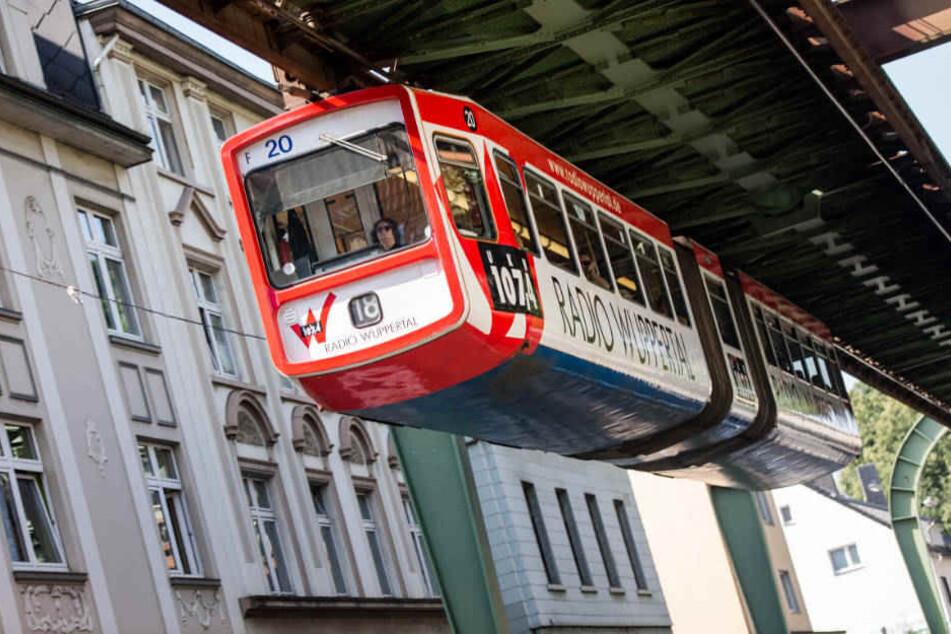 Verletzt wurde bei dem Zwischenfall an der Wuppertal Schwebebahn niemand.