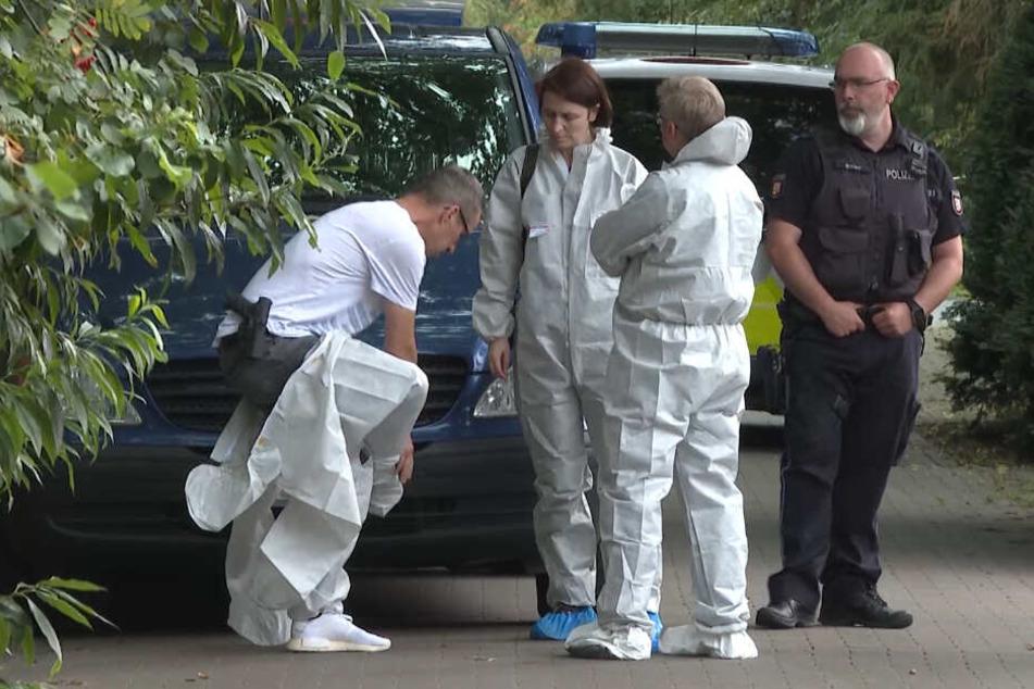Frau tot in Wohnung gefunden! Polizei nimmt Verdächtigen fest