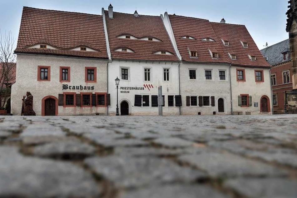 Die im Mittelalter errichteten Priesterhäuser in Zwickau beherbergen das Museum zur Stadtgeschichte, und ab Februar auch eine neue Sonderausstellung.