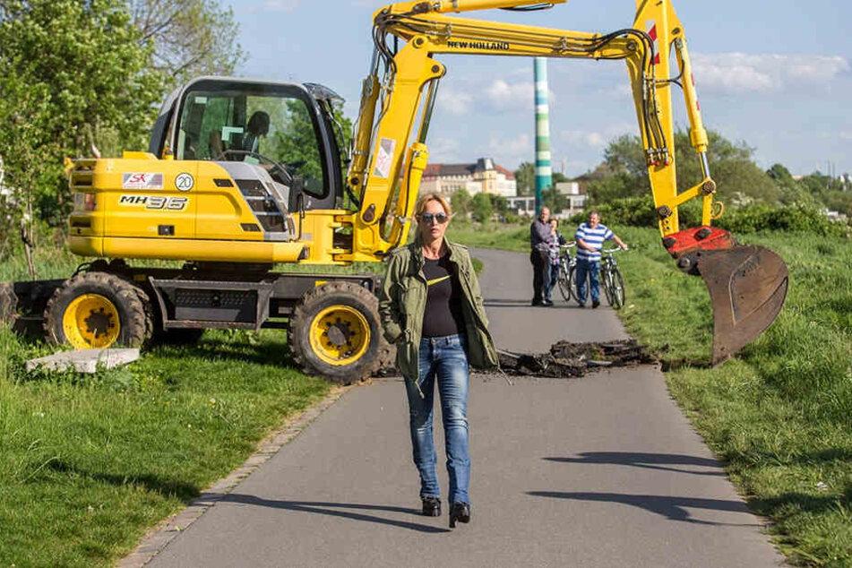 Regine Töberich ließ 2015 ein Stück des Elberadweges wegbaggern.