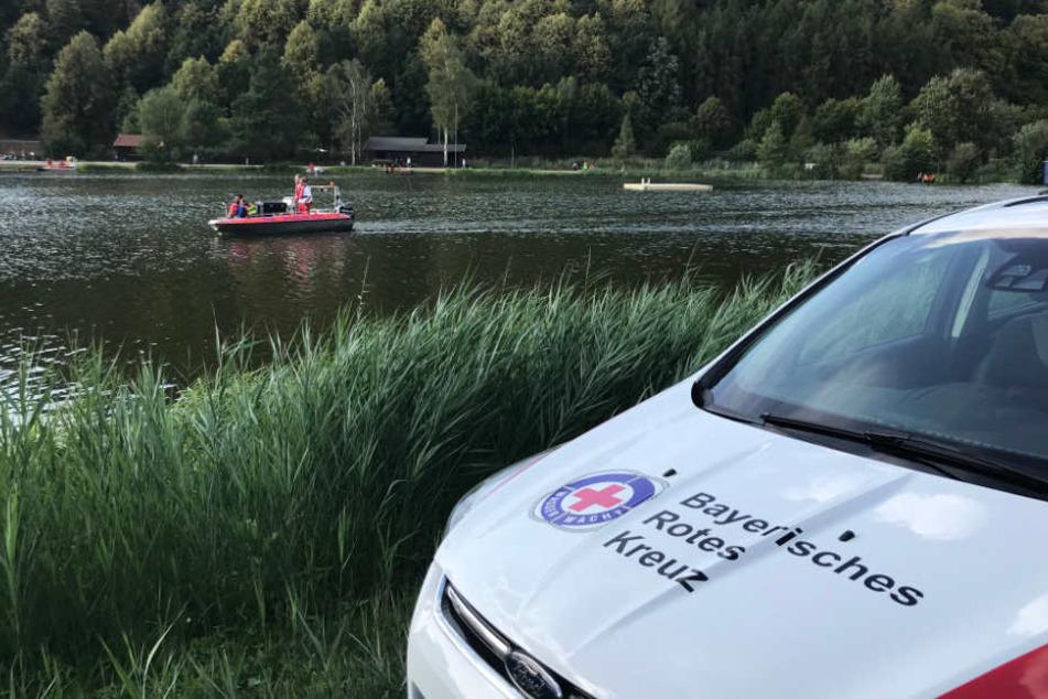 Die Wasserwacht konnte nur noch die Leiche der 22-Jährigen aus dem See bergen.