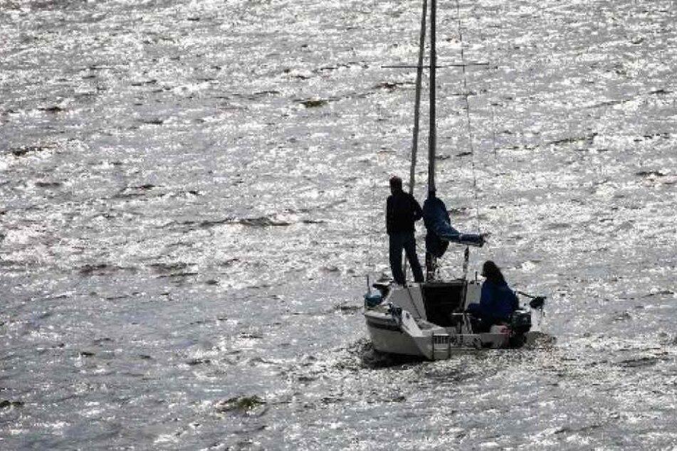 Segelboot gekentert: Zwei Menschen sterben, ein Vermisster