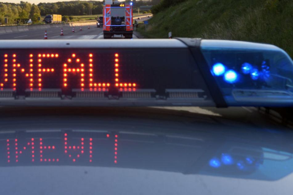 Die Autobahn 99 bei München musste von der Polizei gesperrt werden. (Symbolbild)
