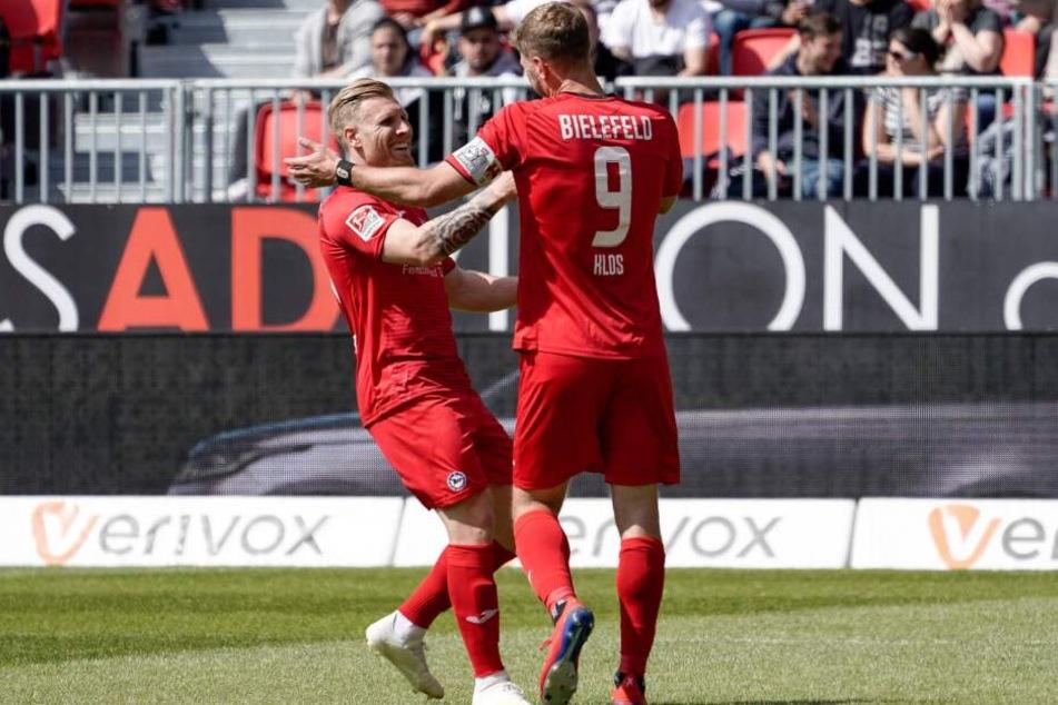 Andreas Voglsammer (links) und Fabian Klos trafen gegen Sandhausen beide.