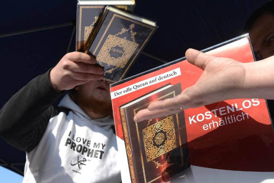 Das Islamische Zentrum München beruft sich bei seiner Empfehlung auf den Koran. (Symbolbild)