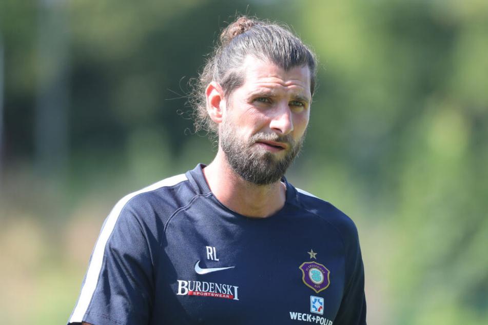 Der bisherige Co-Trainer Robin Lenk wurde vom Verein freigestellt.