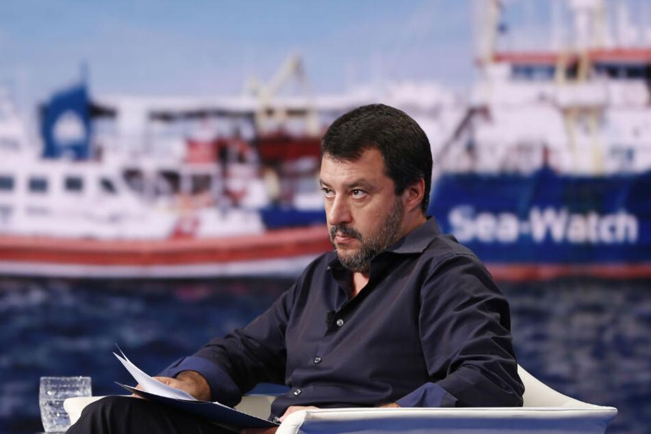 Italiens Innenminister Matteo Salvini reagierte empört auf die Freilassung von Rackete.