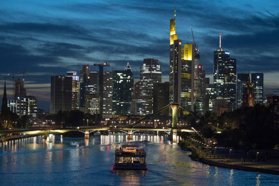 """Die neue deutsche Netflix-Serie """"Skylines"""" widmet sich der Hip-Hop-, Immobilien- und Drogenszene von Frankfurt am Main (Symbolbild)."""