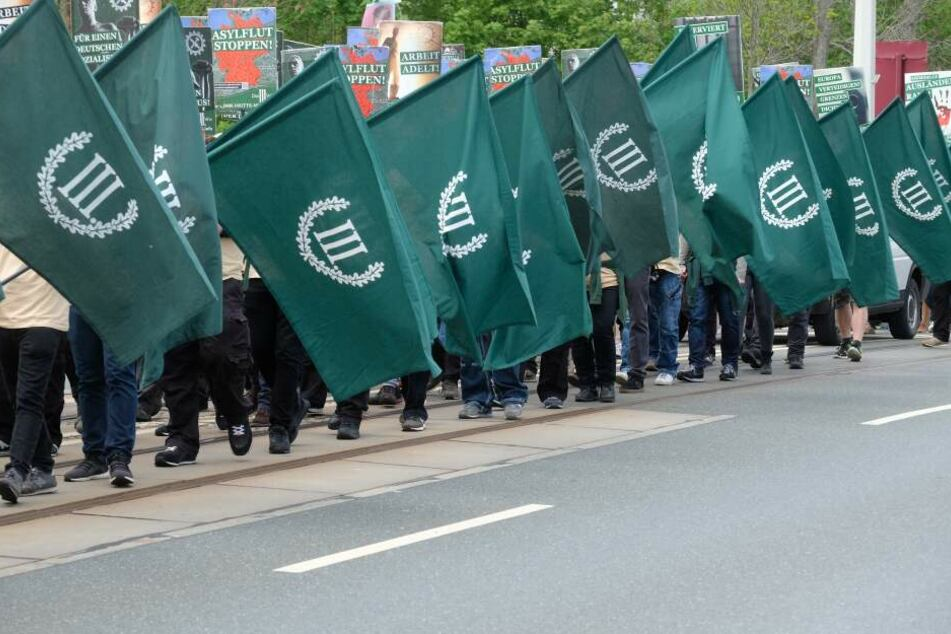 Der dritte Weg ist eines rechtsextreme Kleinpartei, die auch bei den Stadtratwahlen in Erfurt angetreten war.