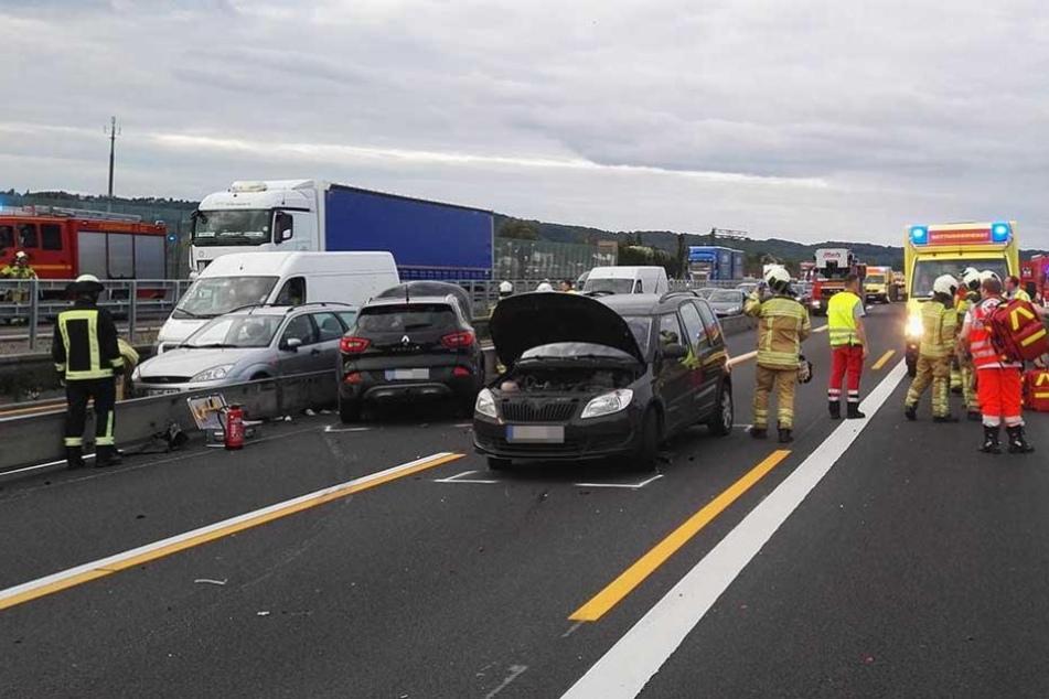 Sechs Verletzte nach Crash auf A4-Baustelle