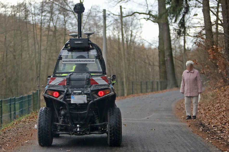 Der Gelände-Buggy mit 2,30 Meter hoher Panorama-Kamera und GPS-System ist ein echter Blickfang.
