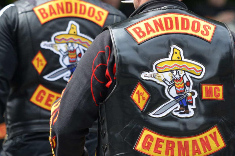 Der Täter soll Mitglieder der Rockergruppe Bandidos sein.