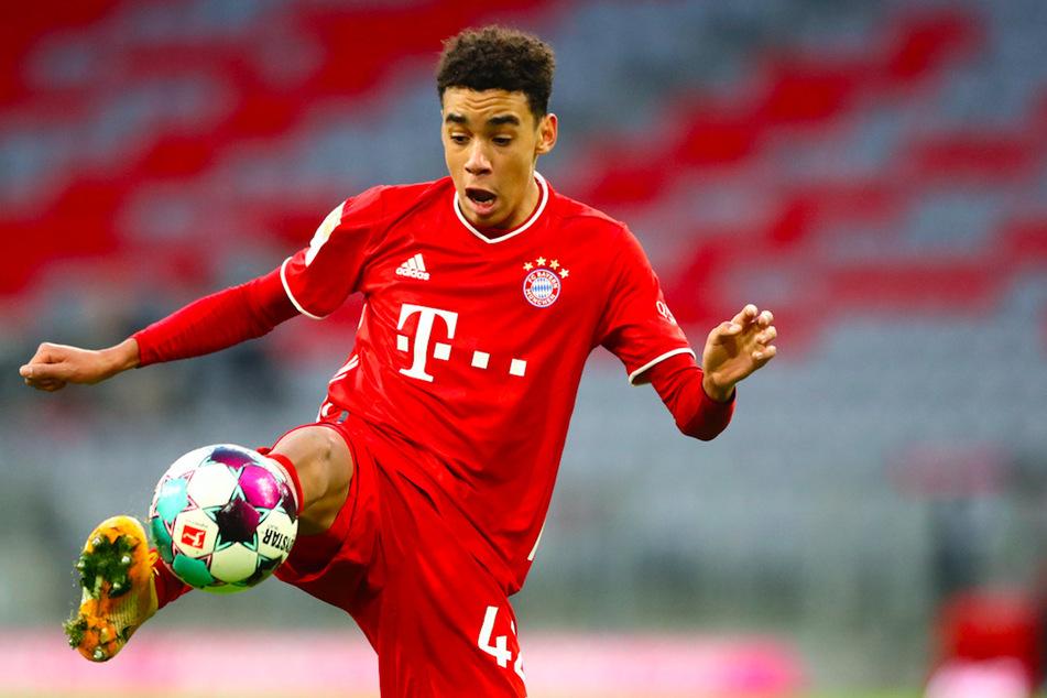 Jamal Musiala (18) unterschrieb nun einen Vertrag beim FC Bayern München bis 2026.