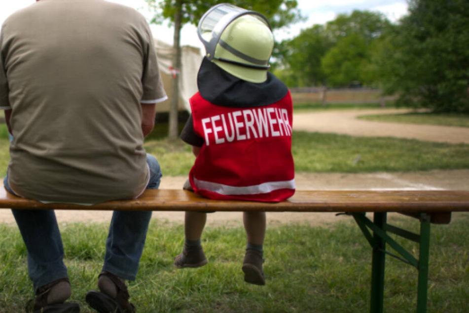 Weil ein Junge den Vermissten in der Nachricht seines Vaters erkannte, konnte der Rentner gefunden werden. (Symbolbild)