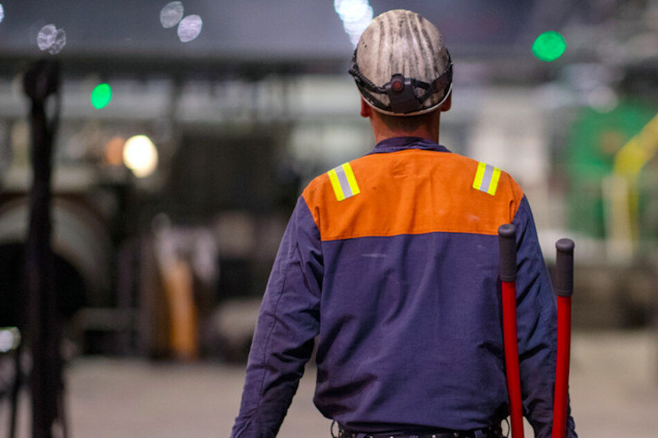 Warnstreiks bei Autozulieferern in Bayern: IG Metall ruft Beschädigte auf, ihre Arbeit niederzulegen