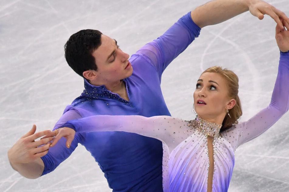 """Aljona Savchenko feiert nach Geburt ihrer Tochter """"Holiday on Ice""""-Comeback"""