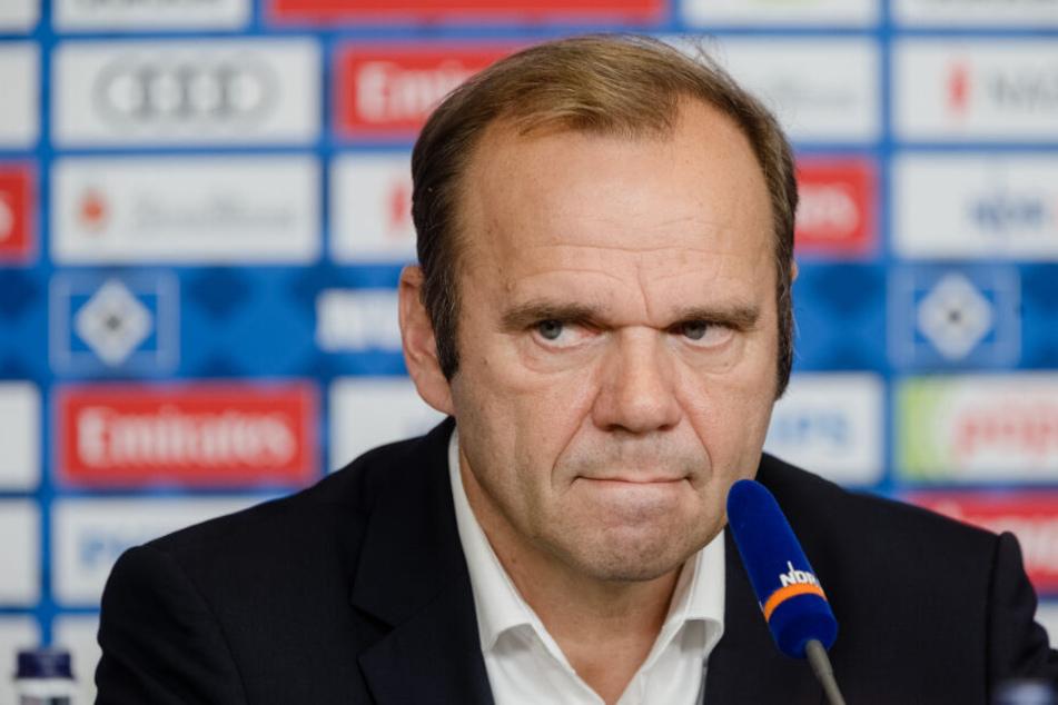 HSV-Boss Bernd Hoffmann sprach am Dienstag noch von einer gemeinsamen Analyse der Situation mit Hannes Wolf.