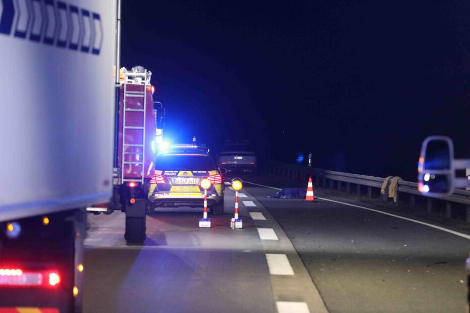 Tragischer Unfall auf A4! Fußgänger wird angefahren und stirbt