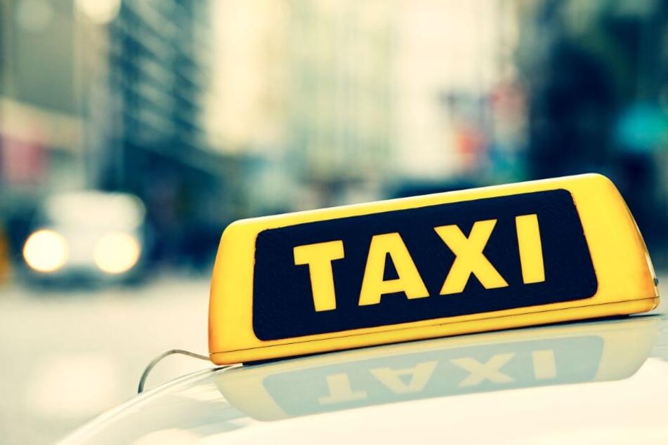 Ein Gutachter hatte empfohlen, die Taxifahrpreise anzuheben. (Symbolbild)
