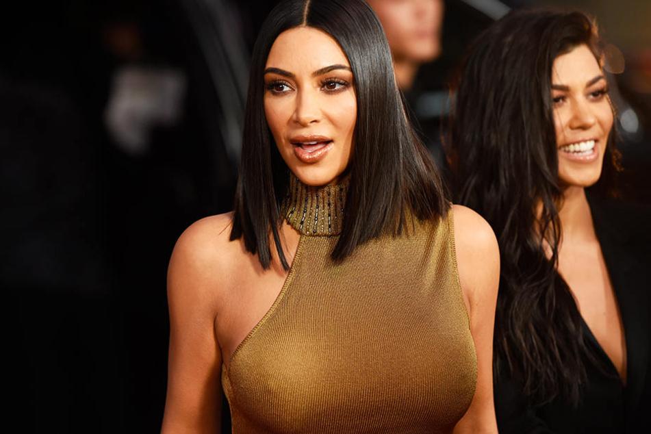 Kim Kardashian präsentierte sich an Halloween in Top-Form.