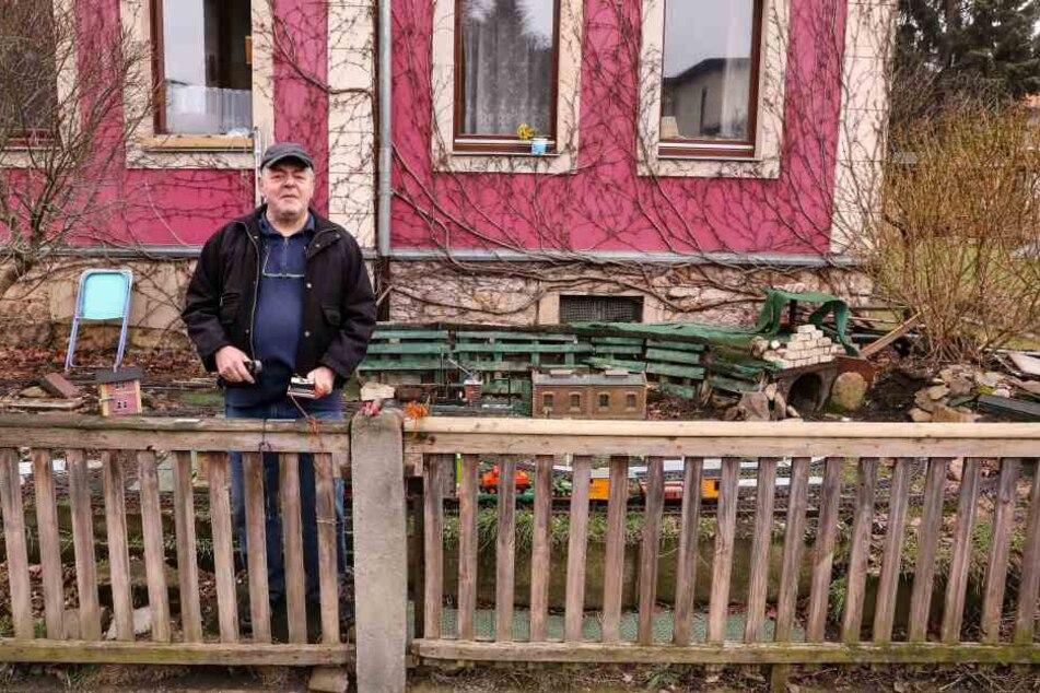 Modellbauer in Freital beklaut: Große Hilfe für die kleine Bahn