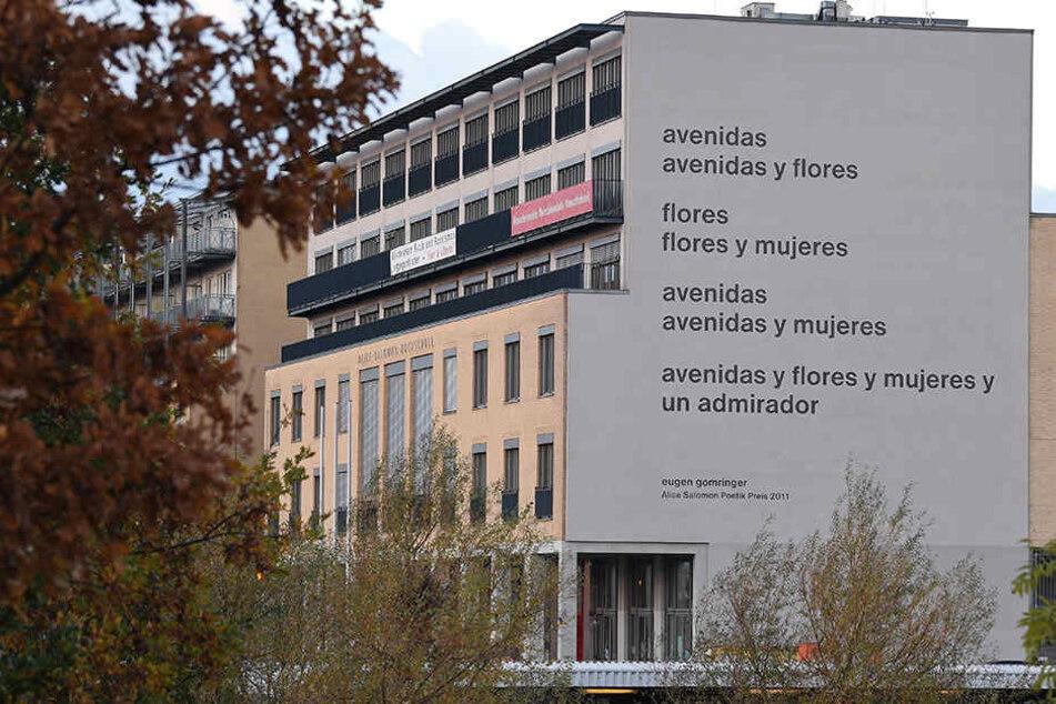 Seit Wochen gibt es über das Gedicht an der Alice-Salomon-Hochschule eine Debatte über Zensur und Kunstfreiheit.