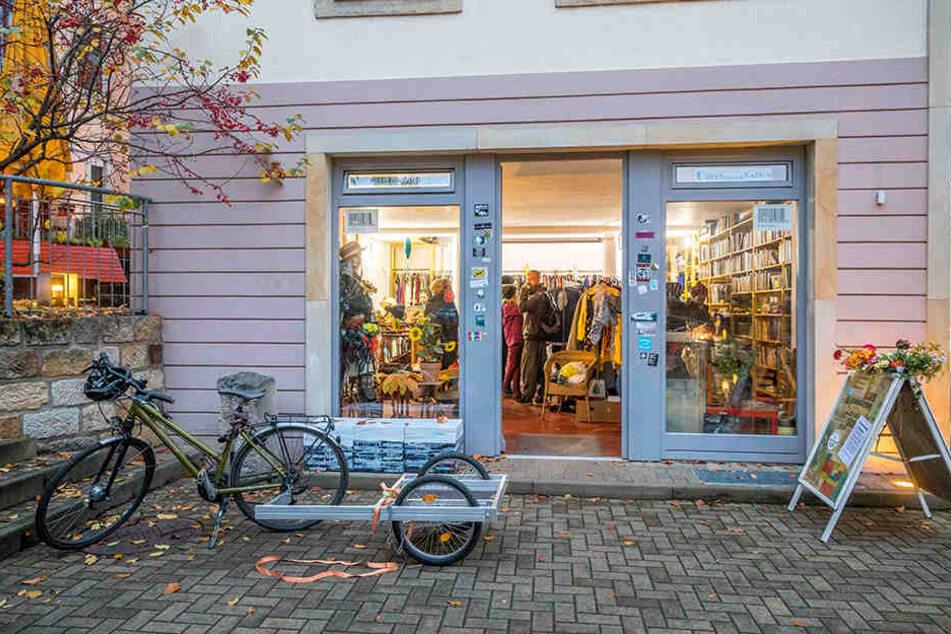 Der Umsonst-Laden in der Dresdner Neustadt - ein beliebter Ort für Foodsharing.