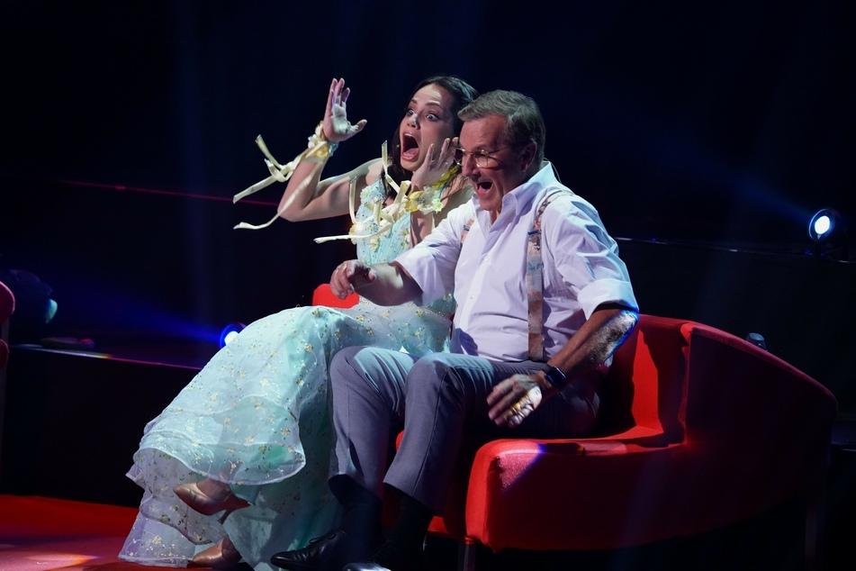 Jan Hofer (68) und Tanzpartnerin Christina Luft (29) freuten sich in der letzten Show über ihre Punkte.