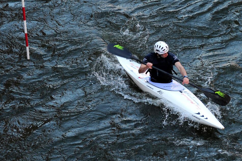 Kajakfahrer wird stark unterkühlt aus der Ostsee gerettet!