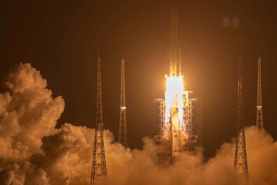 China gelingt Raketenstart von historischer Mond-Mission