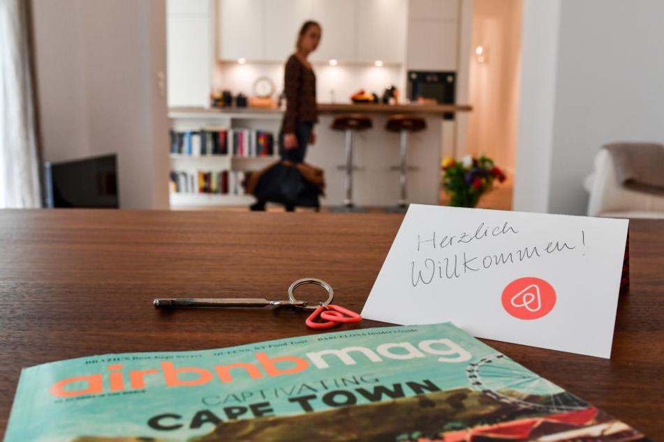 Airbnb-Gastgeber müssen den Tourismusbeitrag nicht mehr kassieren und an die Stadt weiterreichen. (Symbolbild)