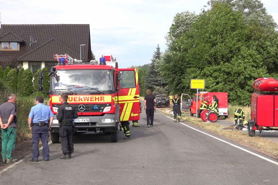 Die Feuerwehren konnten das Feuer löschen, die Siedlung musste nicht evakuiert werden.