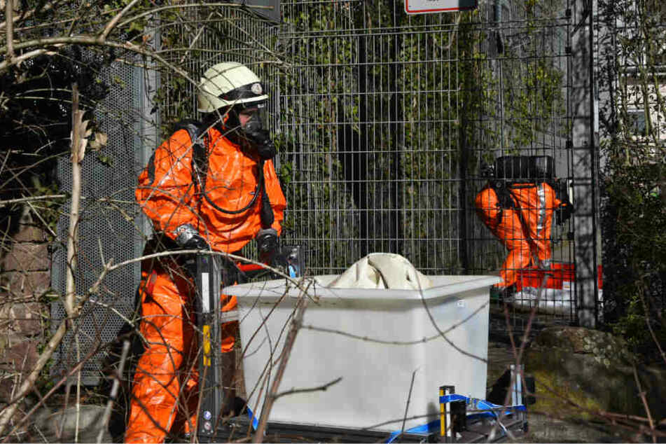Gefahrstoffeinsatz: Verdächtiger Kanister auf Spielplatz gefunden