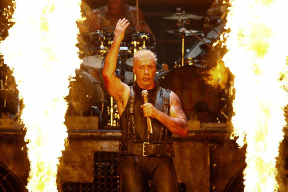 Provoziert gerne: Rammstein-Frontmann Till Lindemann bei einem Auftritt. (Archivbild)
