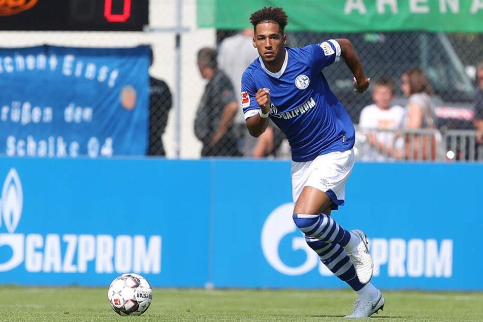 Auf Schalke sammelte Kehrer seine ersten Minuten auf der Profi-Bühne.