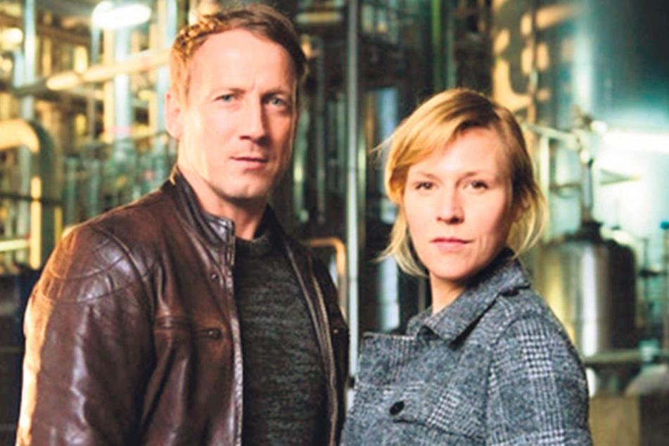 Die Kommissare Falke (Wotan Wilke Möhring, 50) und Grosz (Franziska Weisz, 37) sind Umweltsündern auf der Spur.