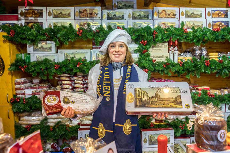 Stollen ist ihr täglich Brot: Katrin Golda (27) verkauft für das Dresdner  Backhaus die beliebten Striezel.