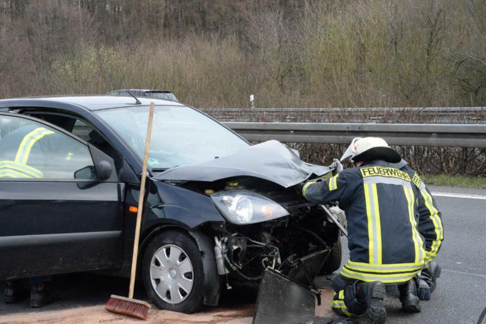 Das Auto der 21-Jährigen musste abgeschleppt werden.