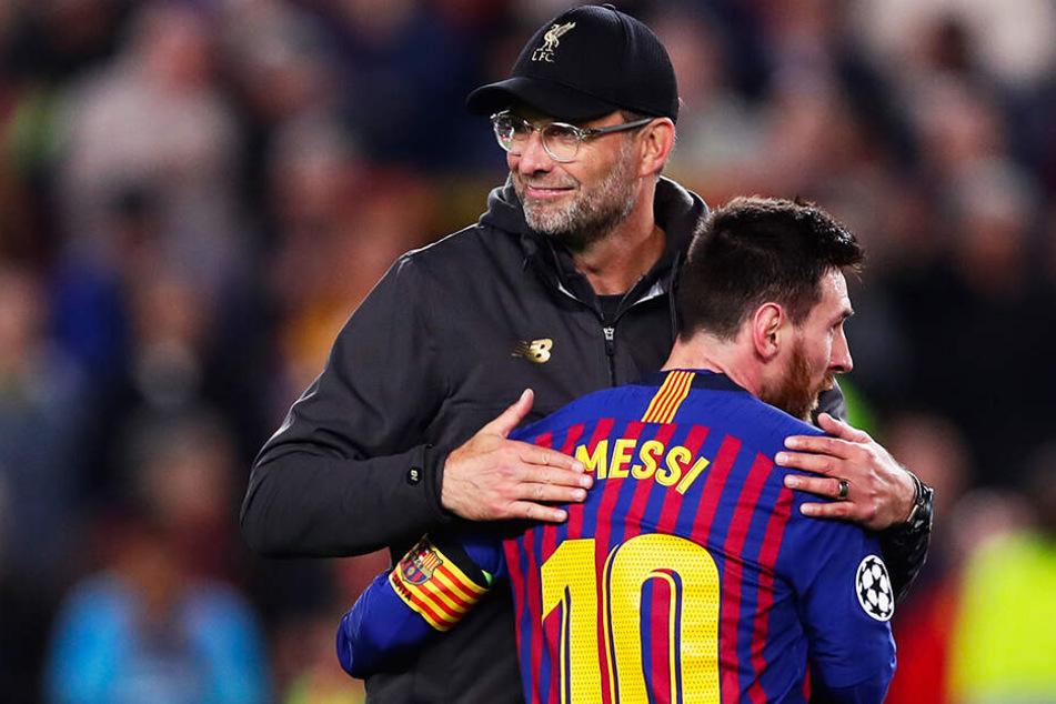 Fairer Gratulant: Liverpool-Coach Jürgen Klopp (l.) beglückwünscht Lionel Messi zu dessen großartiger Leistung.