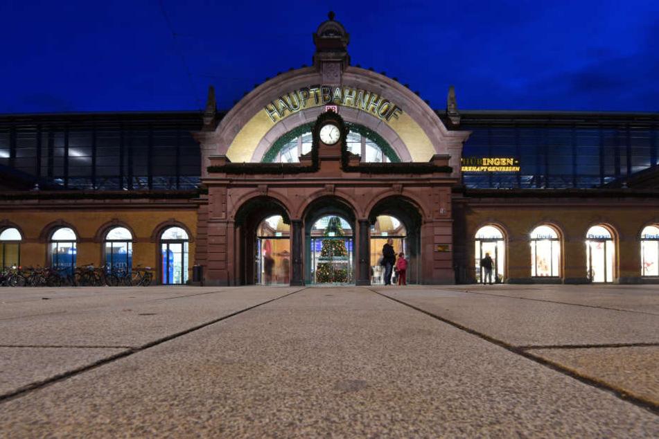 Der Erfurter Hauptbahnhof bleibt für 32 Stunden gesperrt.