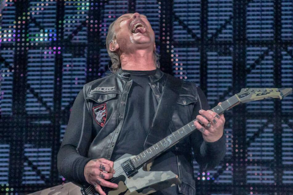 James Hetfield, Sänger und Gitarrist der US-amerikanischen Metalband Metallica, bei einem Auftritt in Madrid.