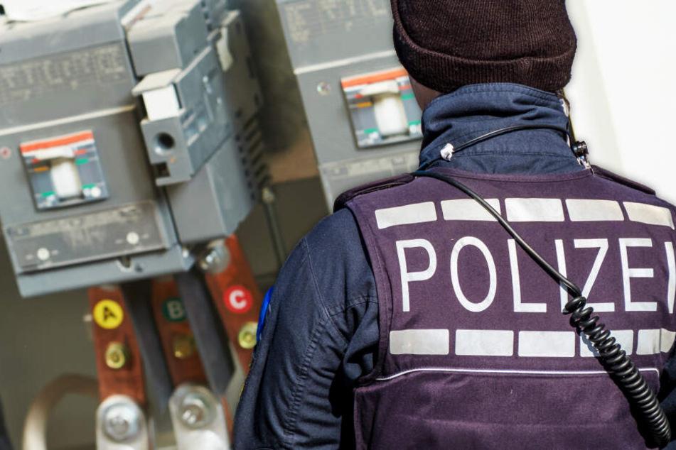 Es werde Licht: Senioren-Paar setzt äußerst ungewöhnlichen Notruf bei der Polizei ab