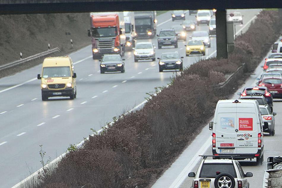 Auf der Autobahn 4 kam es zu dem Zwischenfall (Symbolbild).