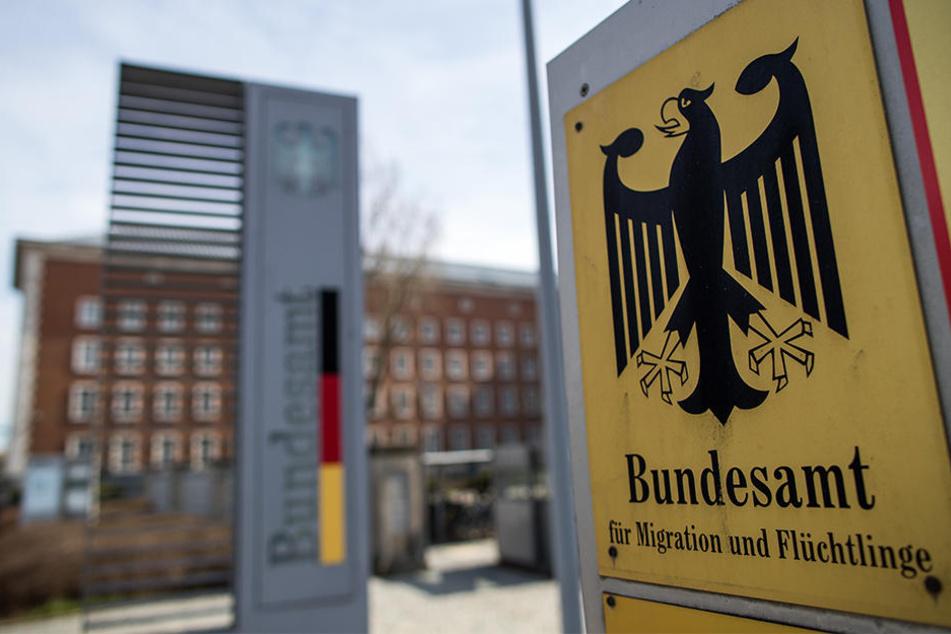 Außenansicht vom Bundesamt für Migration und Flüchtlinge (BAMF).