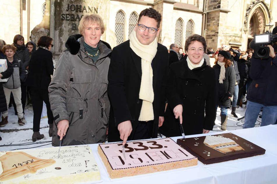 Auf dem Thomaskirchhof wurde traditionell die Torte angeschnitten.
