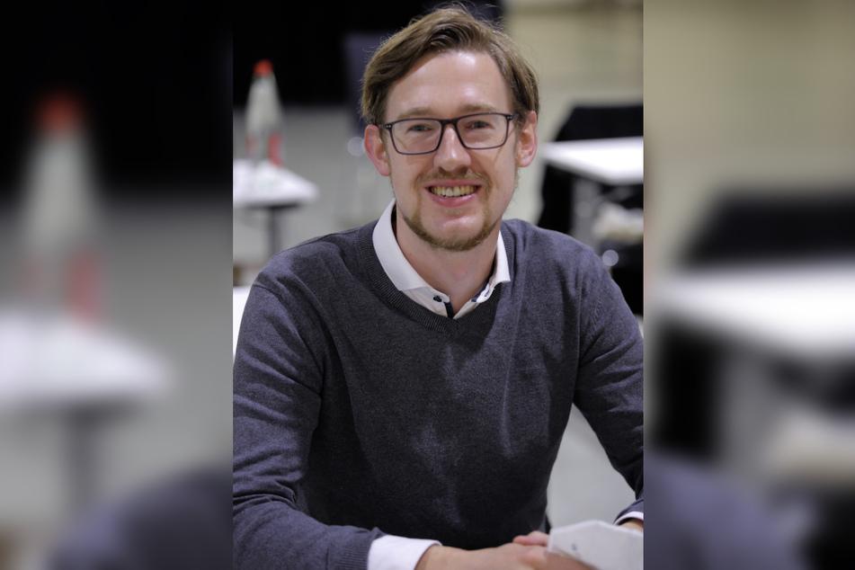 SPD-Stadtrat Stefan Engel (28, SPD) ist überrascht, dass die Eigentumsfrage der Skulpturen nicht geklärt ist.