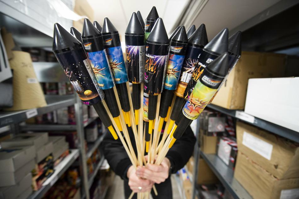 Der Verkauf von Feuerwerk vor Silvester ist 2020 grundsätzlich verboten.