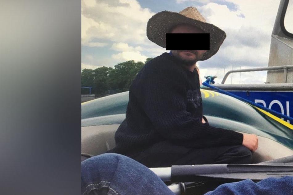 Kurioser Schlauchboot-Prozess: Polizei versenkt Bußgeldbescheid gegen Elb-Kapitän
